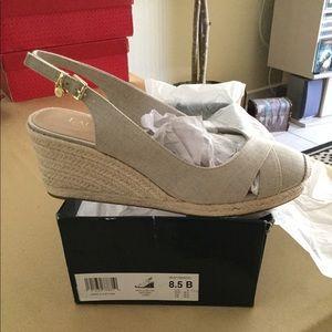 Lauren Ralph Lauren Wedges Size 8.5